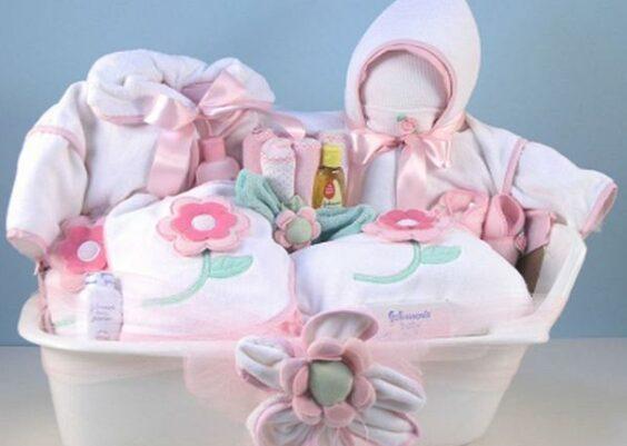 idee-regalo-neonata-femmina